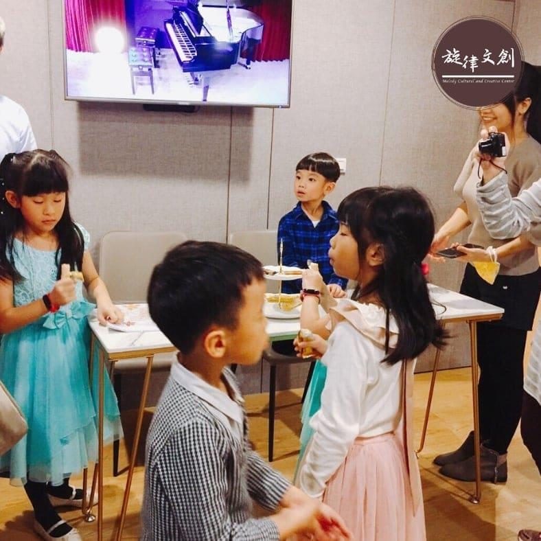 11/30 鋼琴音樂會:《樂在琴中 學生鋼琴發表會🎶》 完美成功 🎉🎉 6