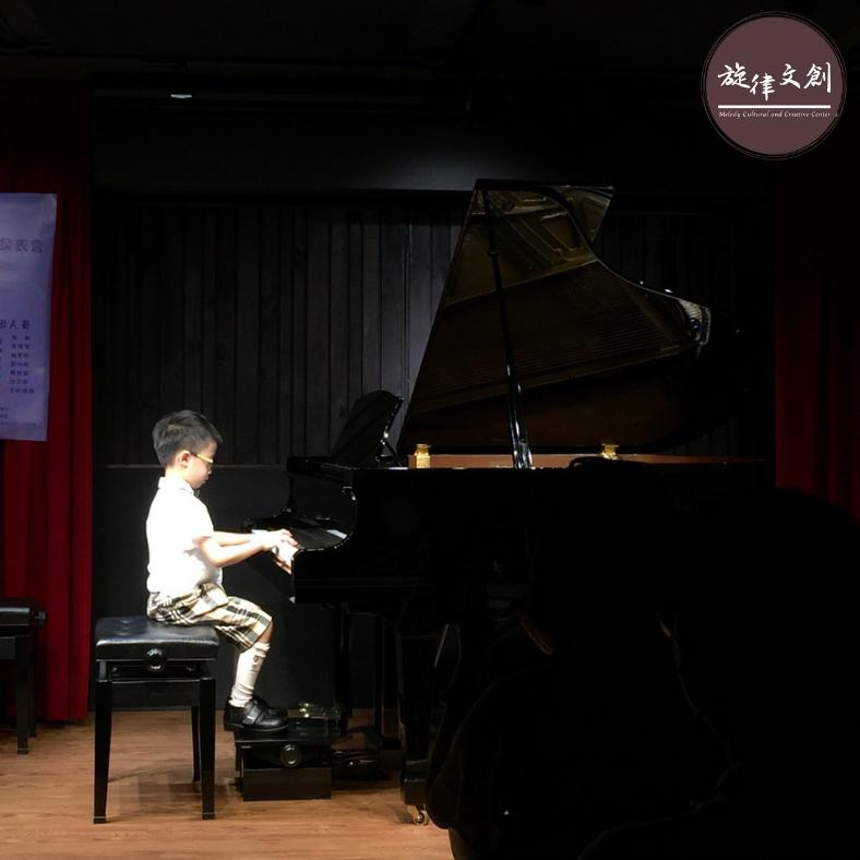 《佳佳老師學生鋼琴音樂發表會》圓滿大成功🎊 2